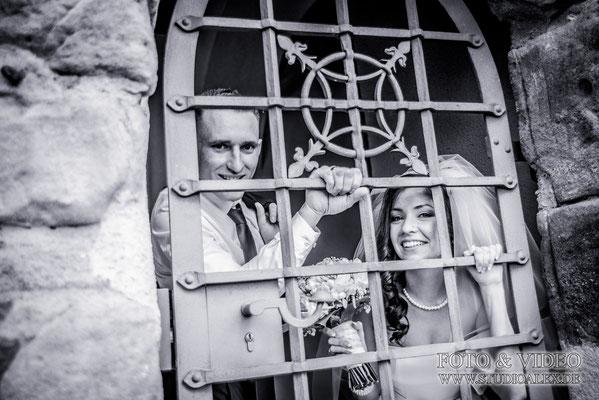 lustige Hochzeitsfotos von schloss Burg Wernberg Köblitz