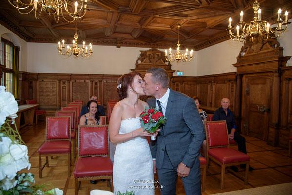 Hochzeitsfotos im Rathaus Amberg