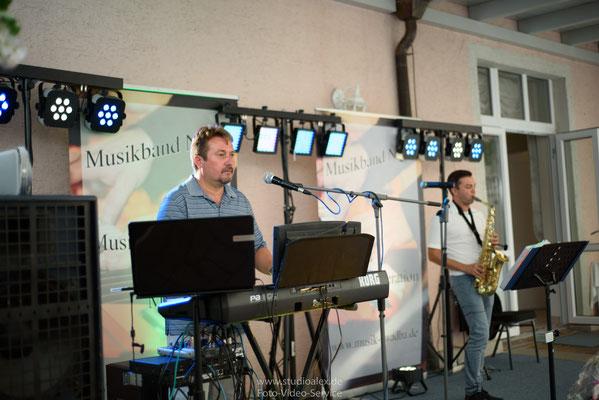 Musikgruppe Musikband Night auf der Hochzeit in Regensburg