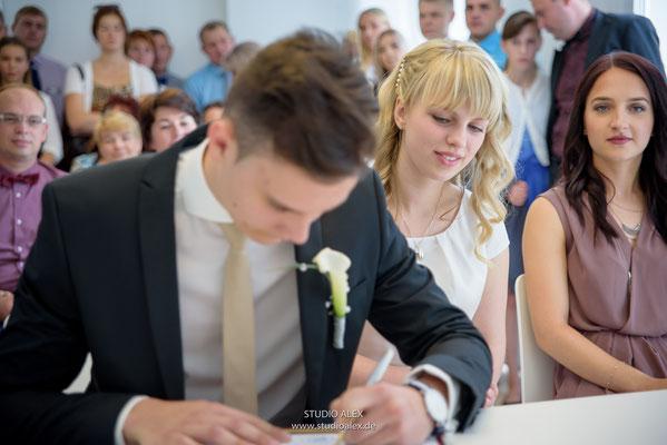 Hochzeitsfoto in standesamtliche Trauung in Straubing
