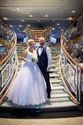 Hochzeitsfotografie auf Kristallkönigin an der Donau Regensburg