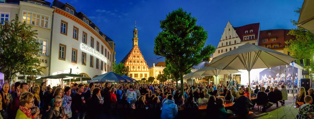 "Zwickau-Hauptmarkt ""summer swing bei schumann"""