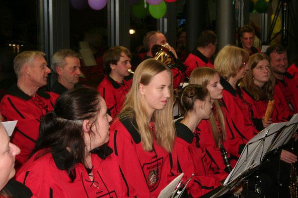 Auch der Musikverein Oberhausen spielt das ein oder andere Lied im Laufe des Abends