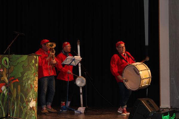 Auch 2020 durften wir die Hüsemer Büddi-Band bei uns begrüßen...