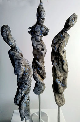 Reigen /Figurengruppe aus Ton