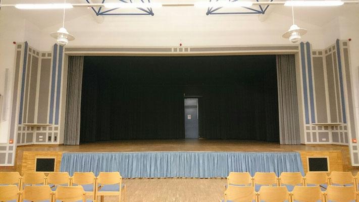 Blick zur Bühne