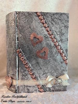 Kombination aus Alucover und Kupfercover, Herzen und zwei kleine seitliche Streifen in Kupfer