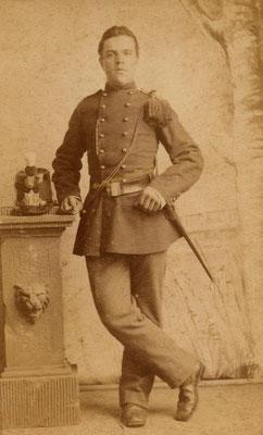 Evert Molenaar (1869-1902) als milicien ca. 1890