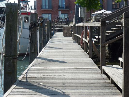 Steg am Fischereihafen
