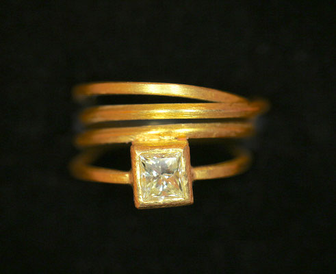 Wickelring mit Diamant