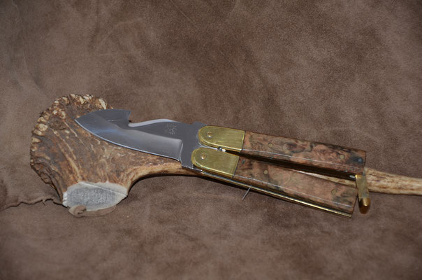 "#78 Butterfly gut hook.  Blade length 2 3/4"" Overall 6 7/8""  Handle stabilized maple burl.  Maker RD Nolen -- SOLD"