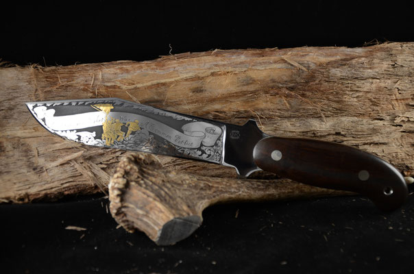 """#83 Engraved camper with gold enlay.  Blade lenght 7 1/4"""" Overall 12""""  440c steel.   Cocobolo handle.  Maker RD Nolen  $1000"""