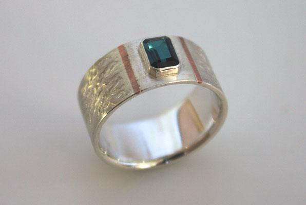 Ring; 925/_ Silber und Kupfer, Stein: Turmalin