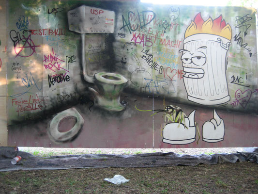 "Modular Augsburg; ""Ghetto Klo""; Gestaltung: Pi, Aim"
