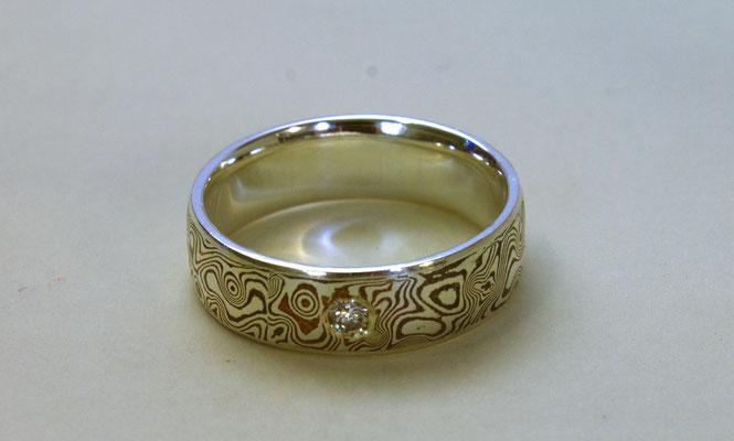 Ring; Mokume Gane Silber/Kupfer, geätzt, Brilliant