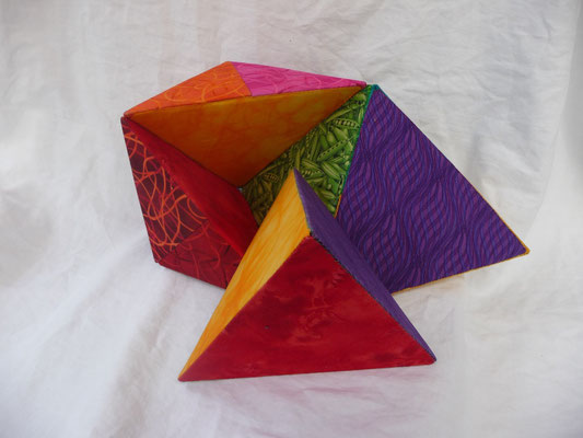 One complete Tetrahedron in this cube.