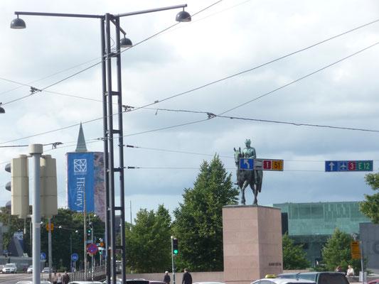 Ernst August und die Zipfelmütze vom Göttinger Bahnhof gibt es auch in Helsinki!!!