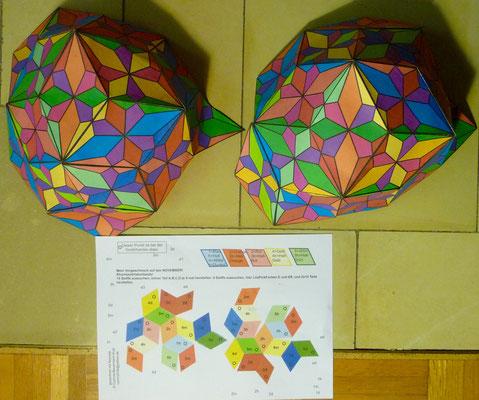 """Erst mal baue ich ein Papiermodell. Es ist der """"Facettenball"""" von Eduard Baumann aus der Schweiz. Den Ball habe ich ja schon mal aus 360 Teilen genäht."""