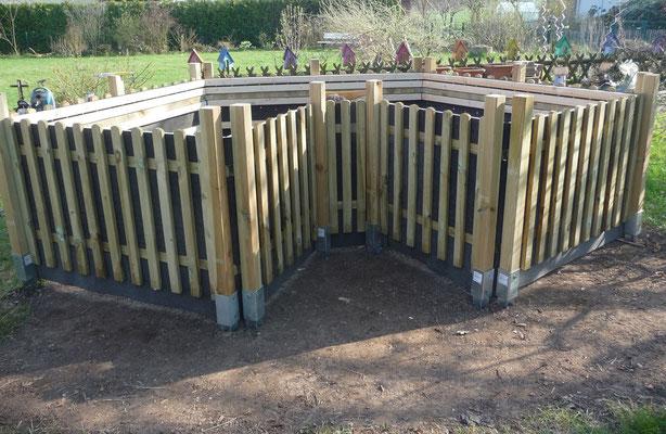 Der Keyhole Garden ist immer noch nicht fertig, dabei habe ich schon so viel Schreddermaterial fertig...