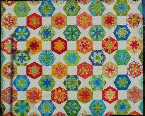 Das Binding fehlt noch. Aylin Star kombiniert mit Dresdenflowergarden, Kaleidoskopen und Quadraten.