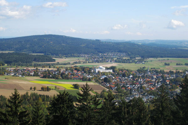 Wandern im Fichtelgebirge -Großer Kornberg -Blick vom Epprechtstein (Cepera)