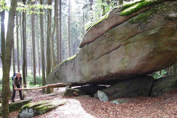 Wandern im Fichtelgebirge -Wackelstein am Hirschstein (Cepera)