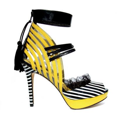 Hypnotique-Zebra Swirl
