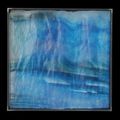 Eiszeit Fingerprint, formgeschmolzenes Glas, Metallrahmen, 45 x 45 x 6 cm