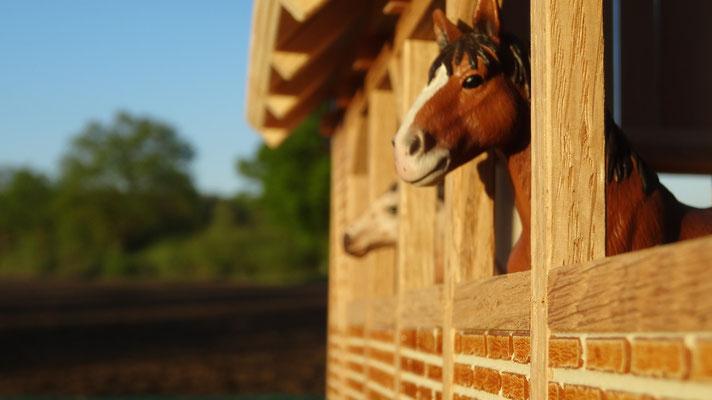 Ihre Pferde werden diesen Stall lieben :-)- Pferdestall für Schleich