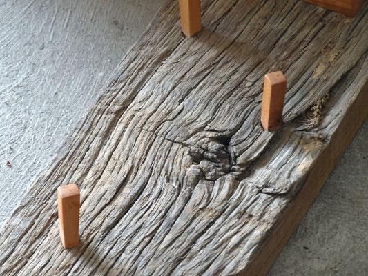 Holznägel aus Kirschbaumholz