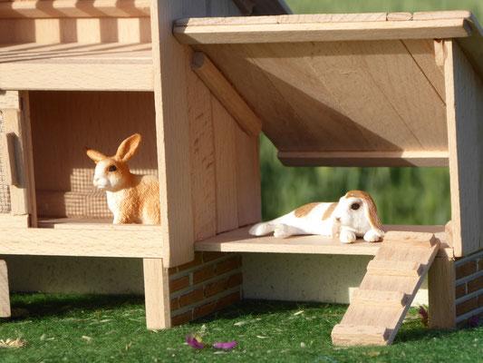 Schleich Kaninchen im Holz Stall