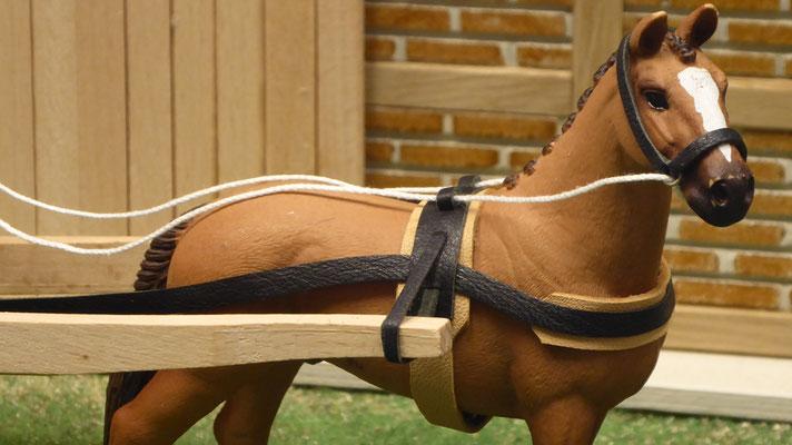 Kutschen und Geschirre von 3zinken, passend für z.B. Schleich Pferde