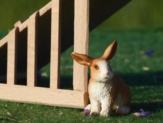 Ein Holzstall für Schleich Kaninchen