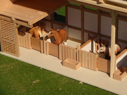 Holz Pferdeboxen im Maßstab Schleich