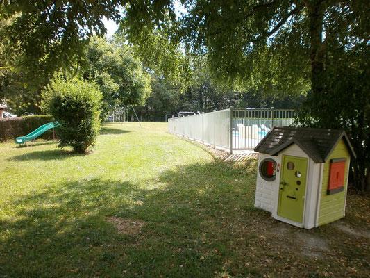 location-Vacances-piscine-chauffée-Lot-Dordogne