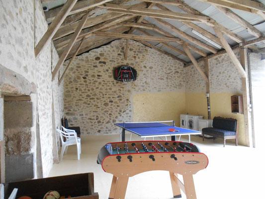 Salle de jeux-wifi-lot-dordogne