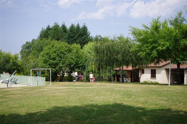 Terrain de jeux 5000 m2