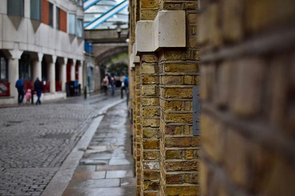 London 0418