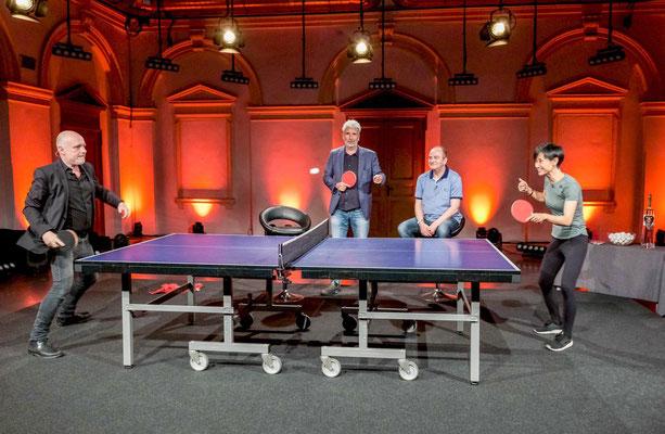 "Foto ORF/Hans Leitner - Grissemann als ""TT Profi"""