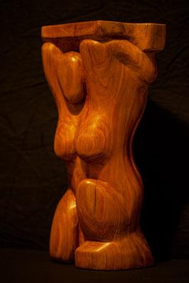 "Nr. 20, /JOSEF GRUNWALD / ""Das Hockende Weib"", Skulptur, Zwetschkenholz, ca. 39 cm, 450,-€"