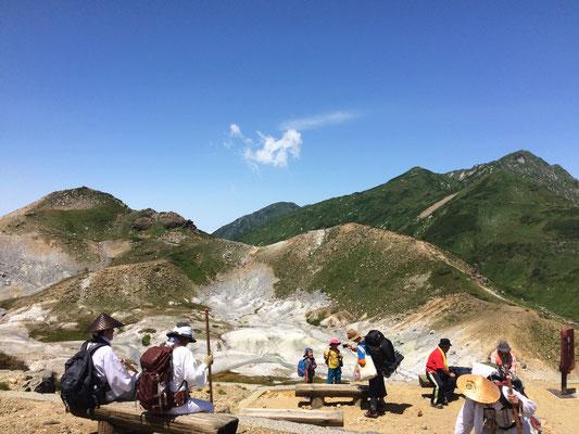 地獄谷と大日岳
