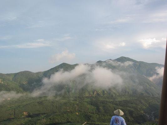 8日に行く別山を望む