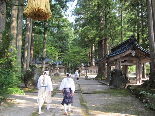 芦峅寺 雄山神社