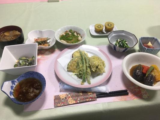 上村屋旅館の精進料理 美味でした