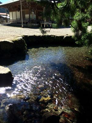 洞川 龍泉寺の辰の口