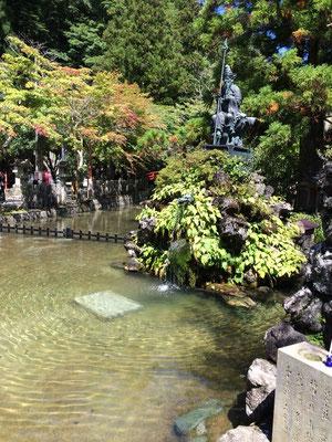 龍泉寺水行場今年も冷たかったです