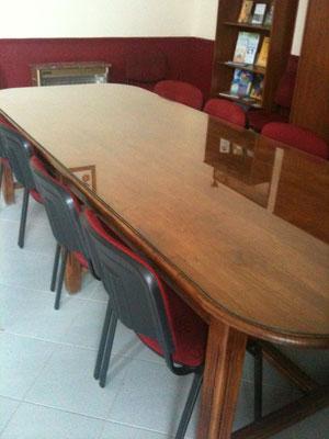 Dessus de table en verre sur mesure épaisseur 8 mm joint poli avec coins ronds