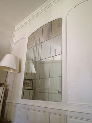Miroir sur mesure 4 mm vieilli  joint poli collé sur mur