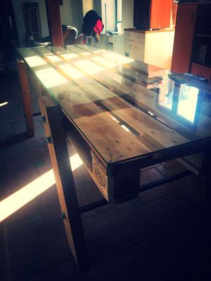 Dessus de table en verre sur mesure pour palette épaisseur 6 mm joint poli