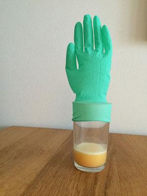 Experiment, Luft, Handschuh, Sprudeltablette, Kleine Forscher, Kinder